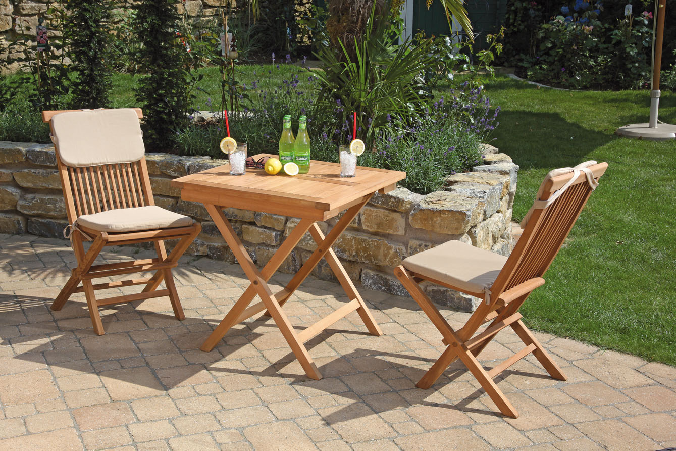 Teakholz Gartenmobel Outlet : Sunny Smart GartenmöbelSet, 2 Klappstühle, 1 Tisch 70cm x 70cm