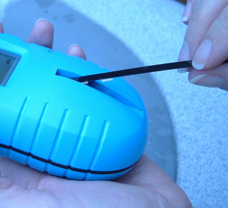 aquachek trutest digitaler wassertester mit 25 teststreifen chlor ph hammerkauf. Black Bedroom Furniture Sets. Home Design Ideas