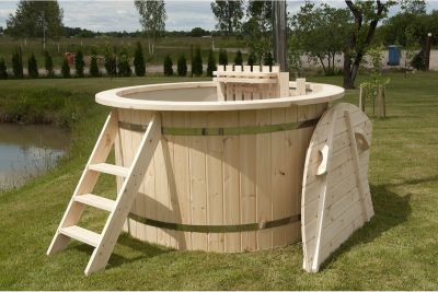 Interline Hot-Tub Badefass Ø 170 cm inkl. Ofen & Abdeckung